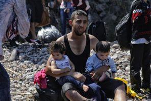 _85242402_11_refugee_crisis_lesvos_gr